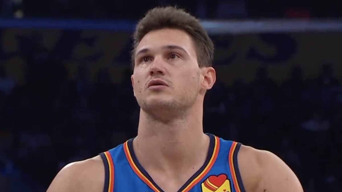oklahoma city thunder player danilo gallinari