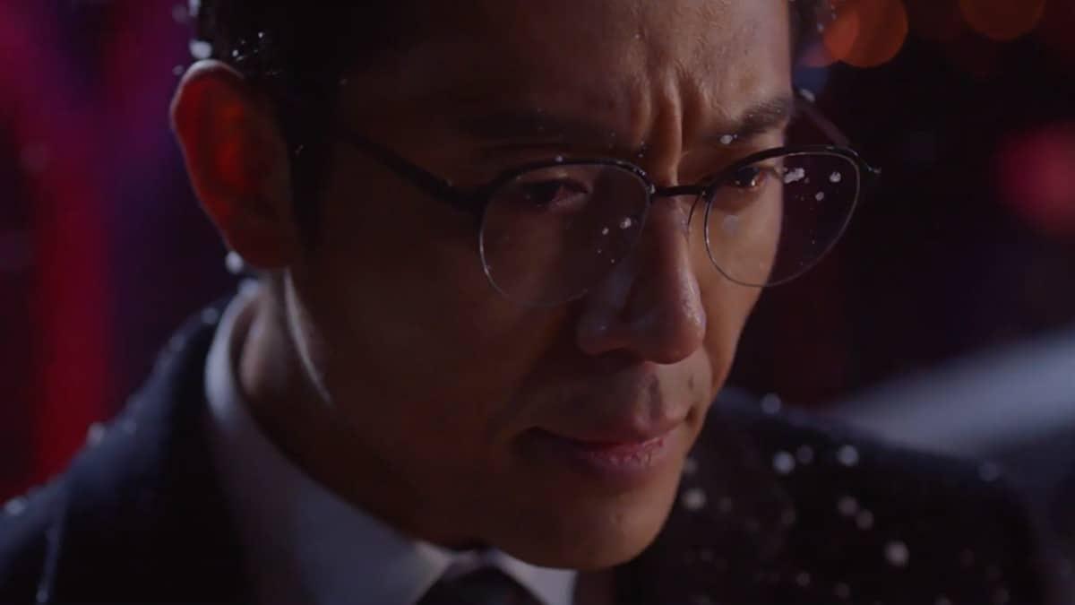 Kim Joo-Hun as Director Park Min-Gook