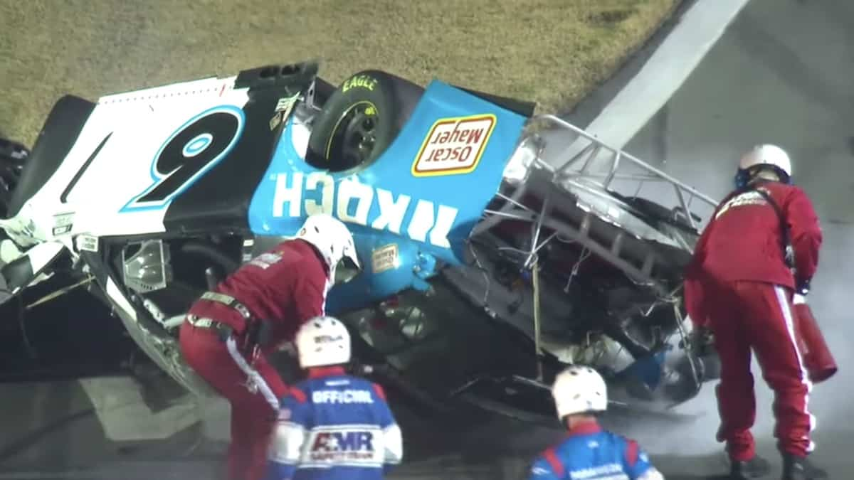 ryan newman wreck at daytona 500