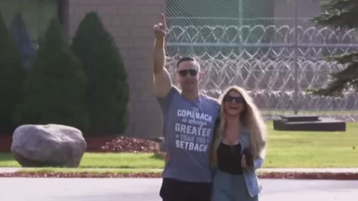 Mike walks out of prison wearing a shirt with his favorite slogan