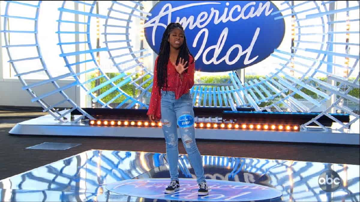 Idol contestant Olivia auditions