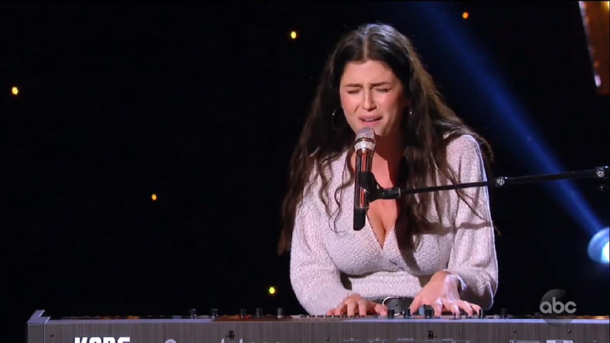 Julia Gargano plays pianos and sings for Idol Hollywood Week