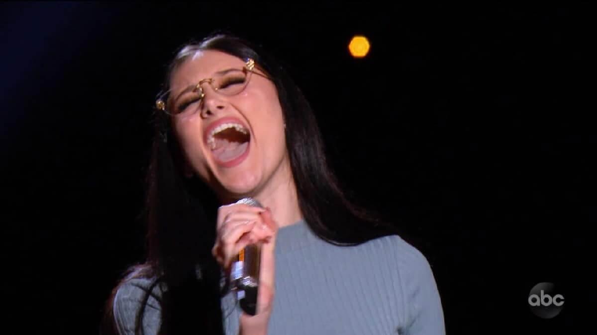Idol hopeful Makayla Phillips sings