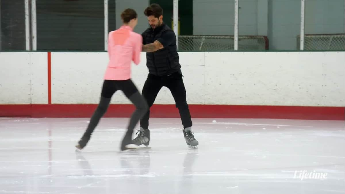 MAFS couple Mindy and Zach ice skate while holding hands