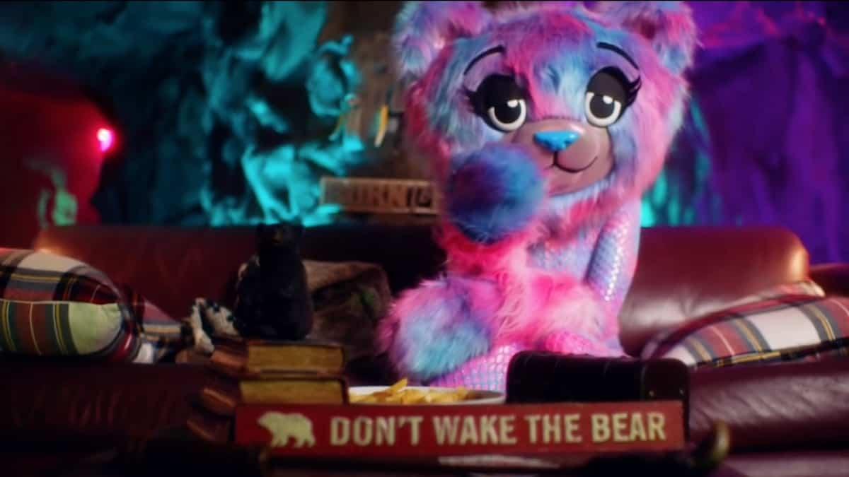 The Bear offers some hints to The Masked Singer panelists. Pic credit: FOX