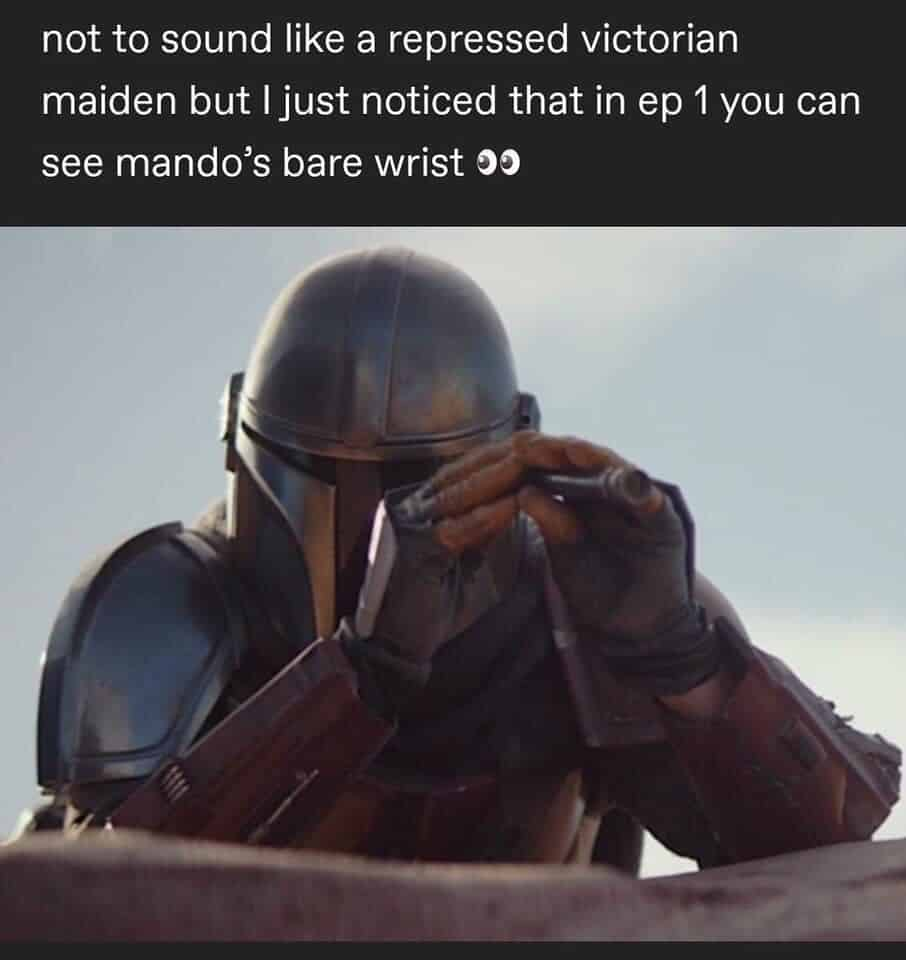 Pedro Pascal's The Mandalorian is shown looking through a scope