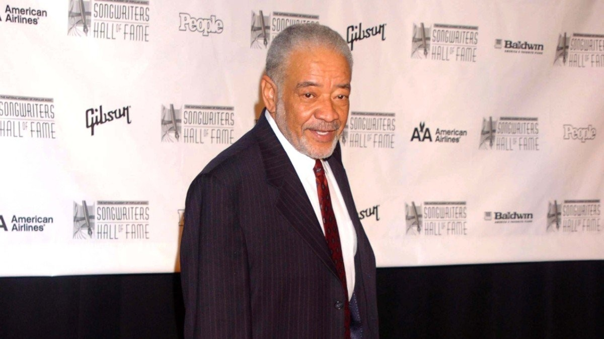Bill Withers on the red carpet