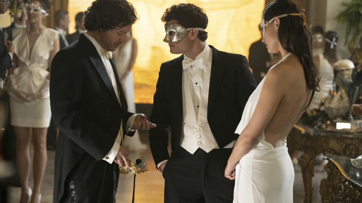 John Gallagher Jr. and Rafi Gavron from Westworld Season 3