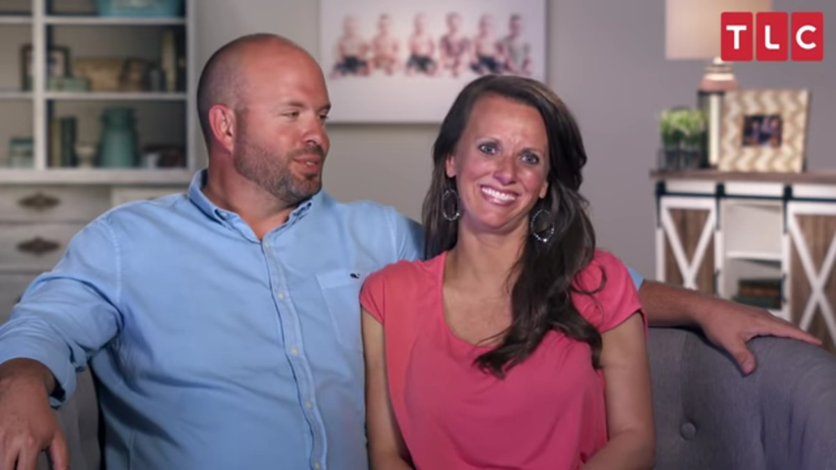 Eric and Courtney Waldrop in a Sweet Home Sextuplets confessional.