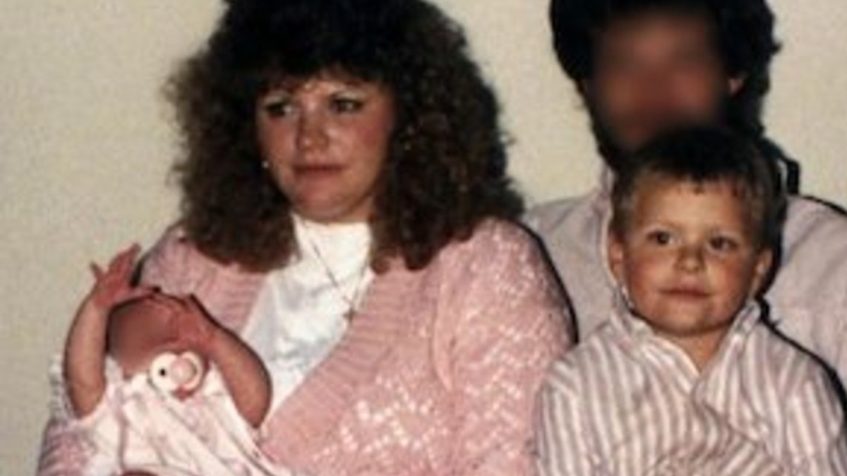 LeeAnn Mangrum and her family (1) (1)