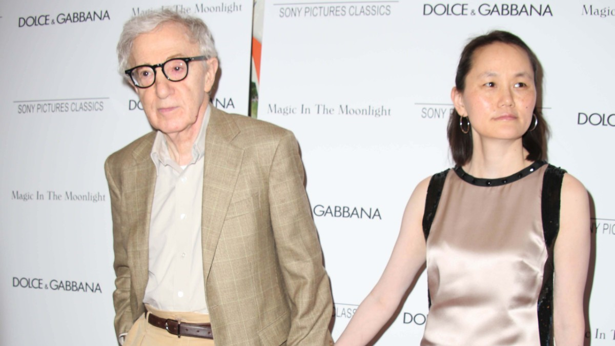 Woody Allen and Soon-Yi Previn on the red carpet