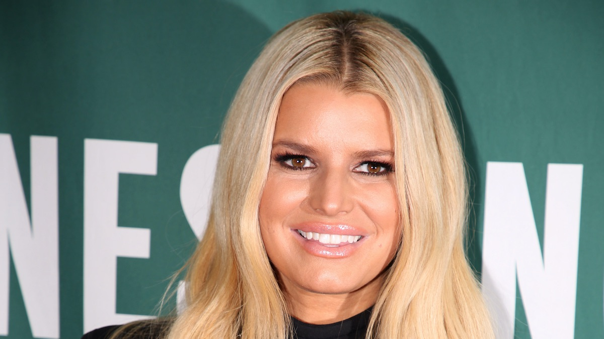 Jessica Simpson shows off jaw-dropping 45kg weight loss