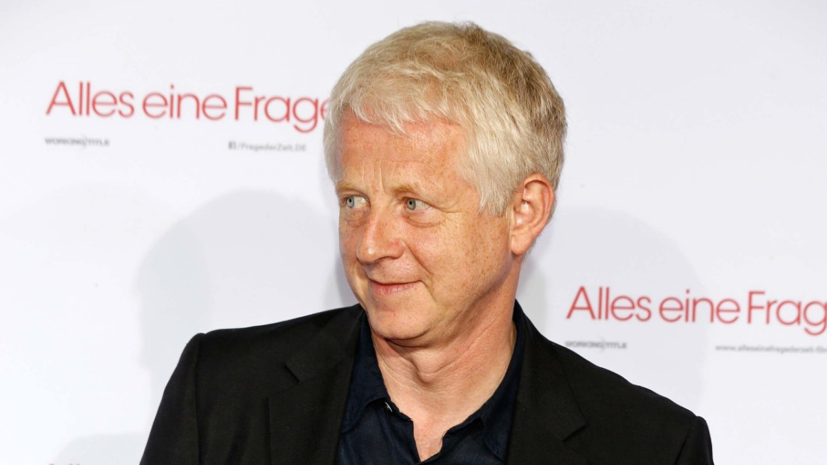 Richard Curtis on the red carpet