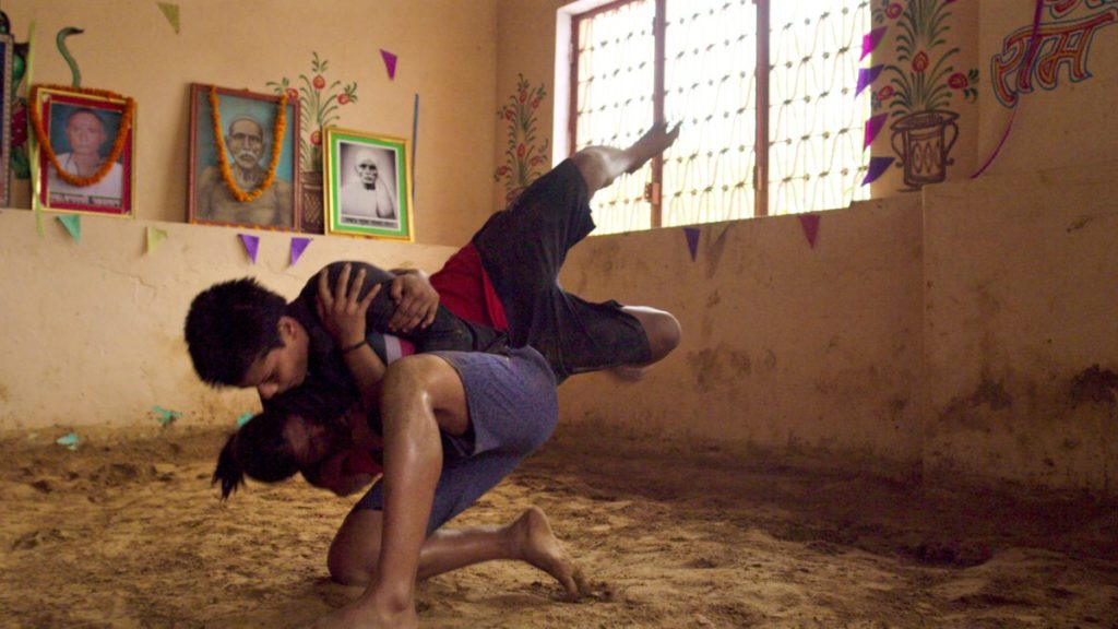 Kashish Yadav wrestling in an Akharas