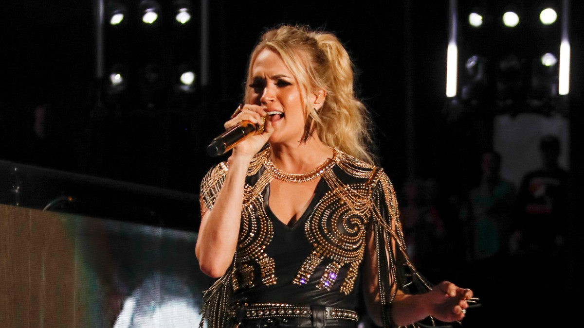 Carrie Underwood performs on-stage