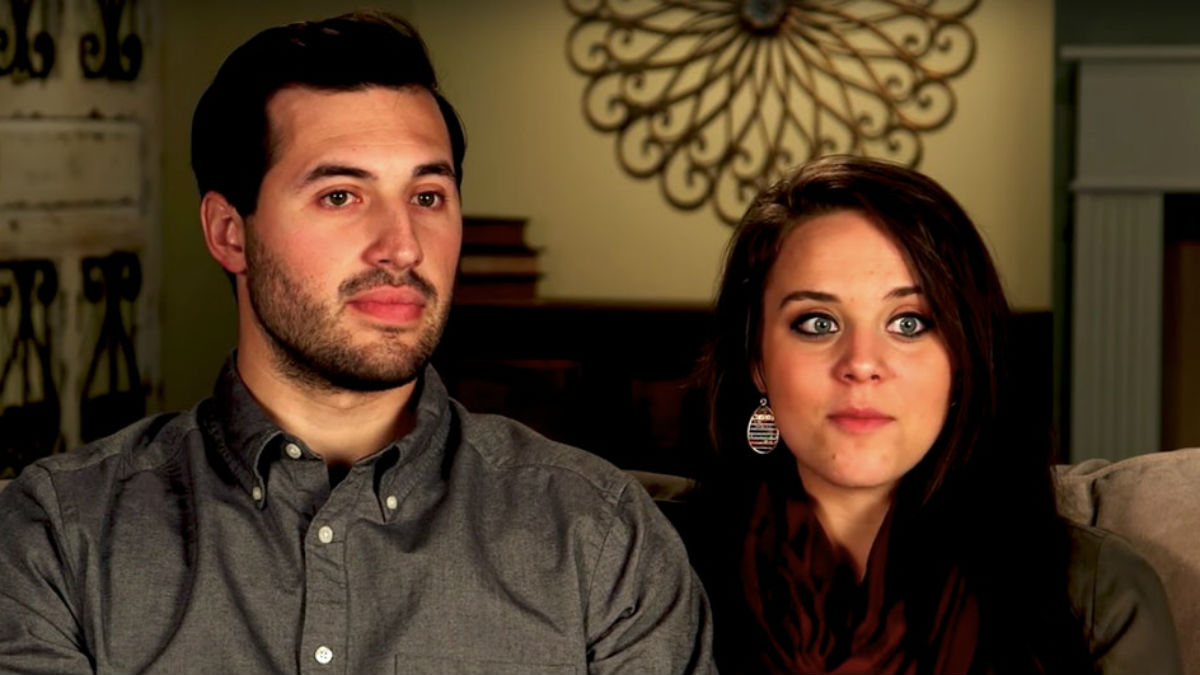 Jinger Duggar and Jinger Duggar and Jeremy Vuolo dish watching miscarriage on Counting On.