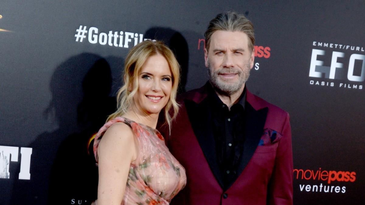 Kelly Preston and John Travolta on the red carpet