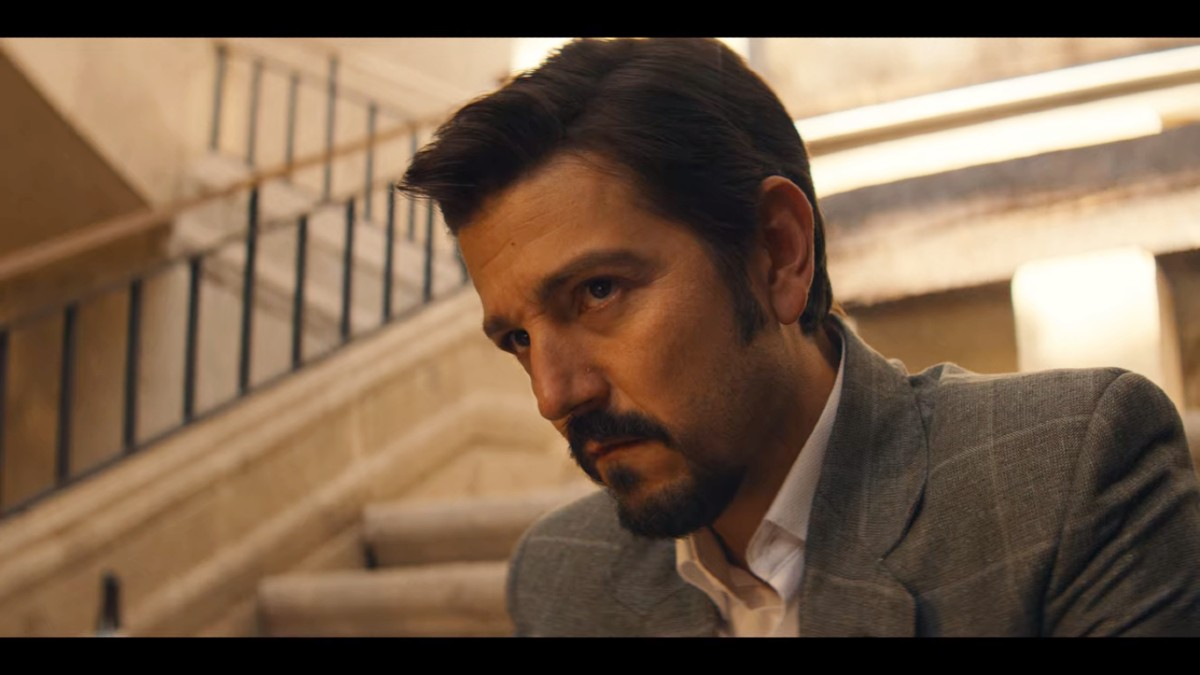 Diego Luna performing in Narcos: Mexico