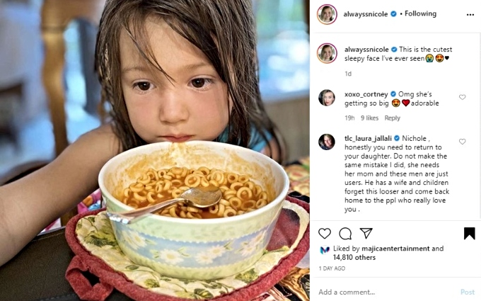 Laura comments on May's photo