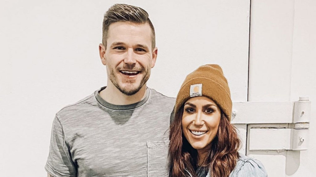 Teen Mom 2 star Chelsea DeBoer is pregnant.