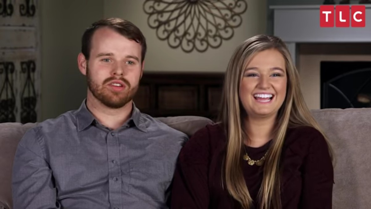 Joseph Duggar and Kendra Caldwell in a Counting On confessional.