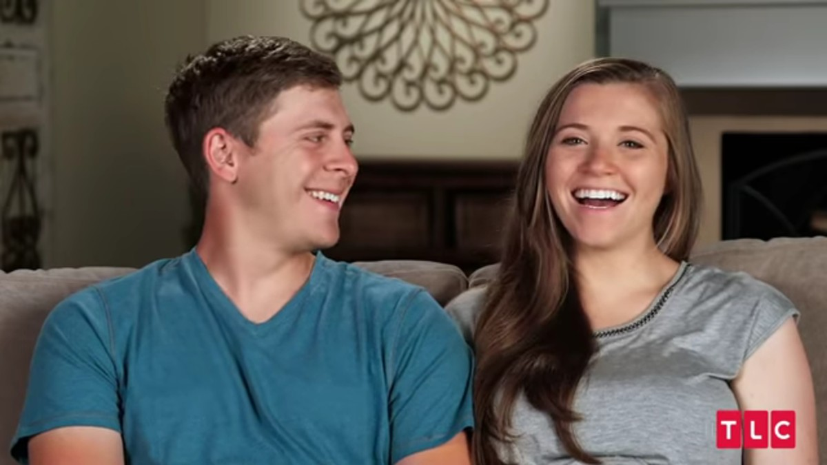 Austin and Joy during a Counting On confessional.