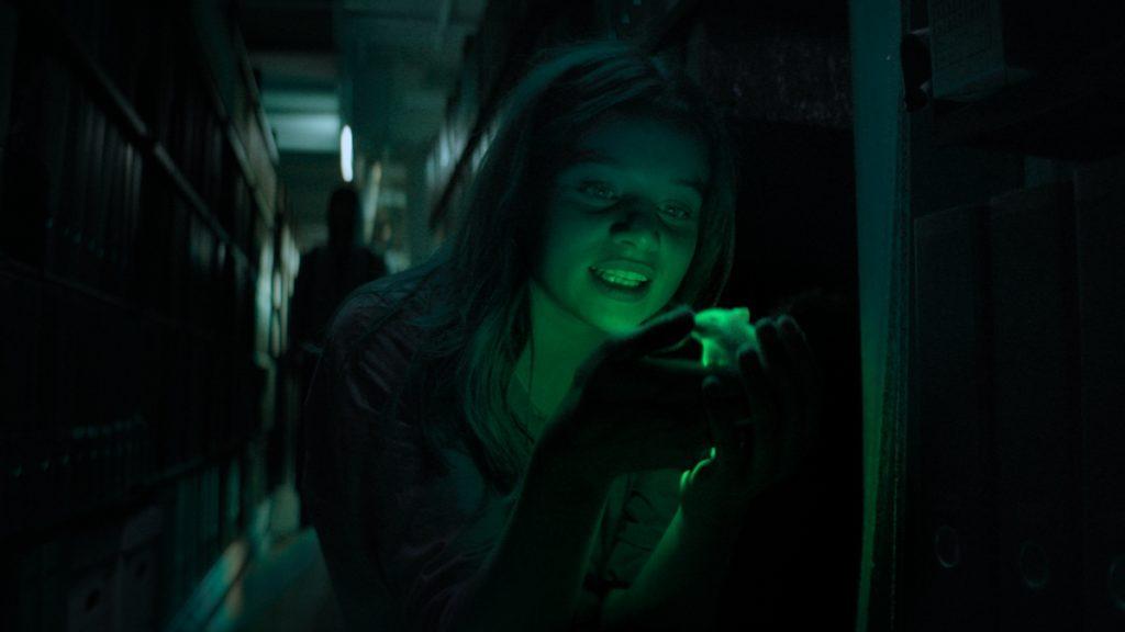 Luna Wedler as Mia in Biohackers