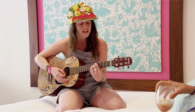 MAFS Amelia playing guitar