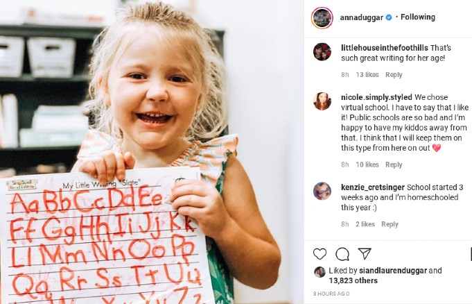 Meredith Duggar showing off her letters.