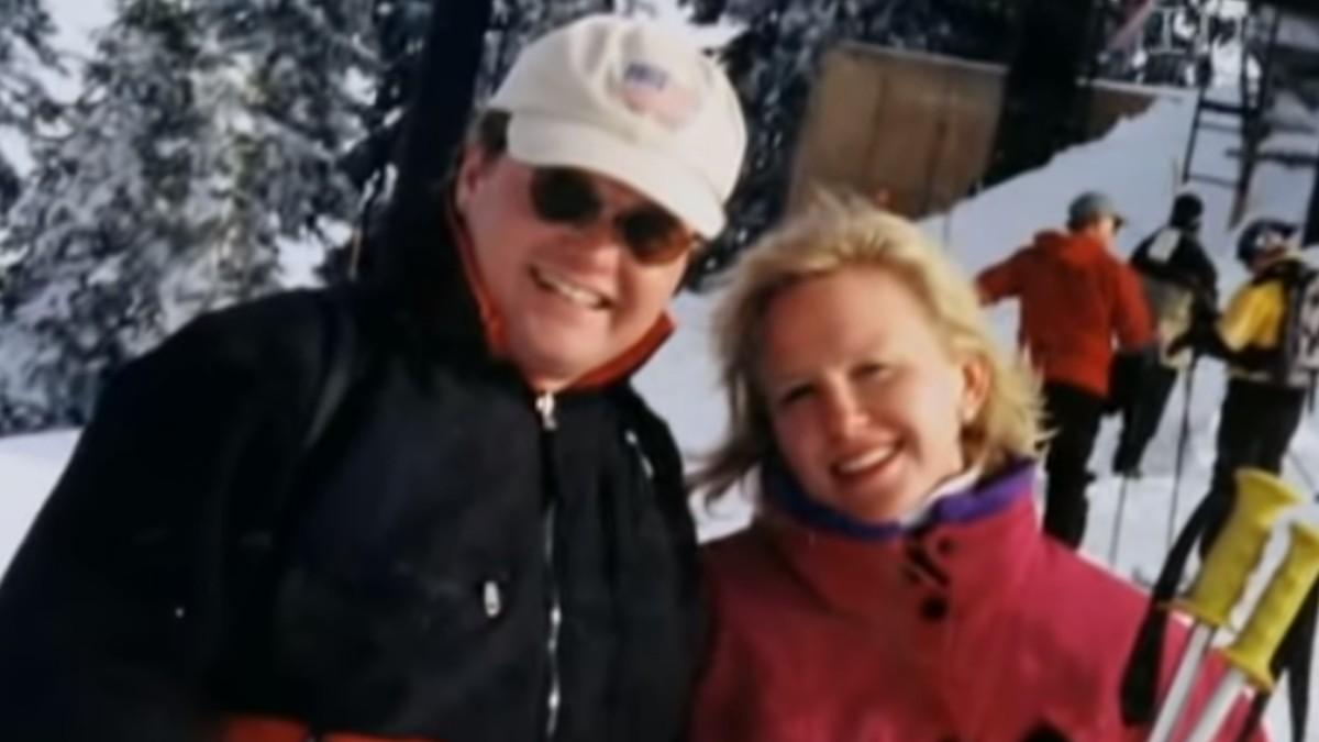 Peggy Klinke and Patrick Kennedy on a ski slope. Pic credit: ID/YouTube