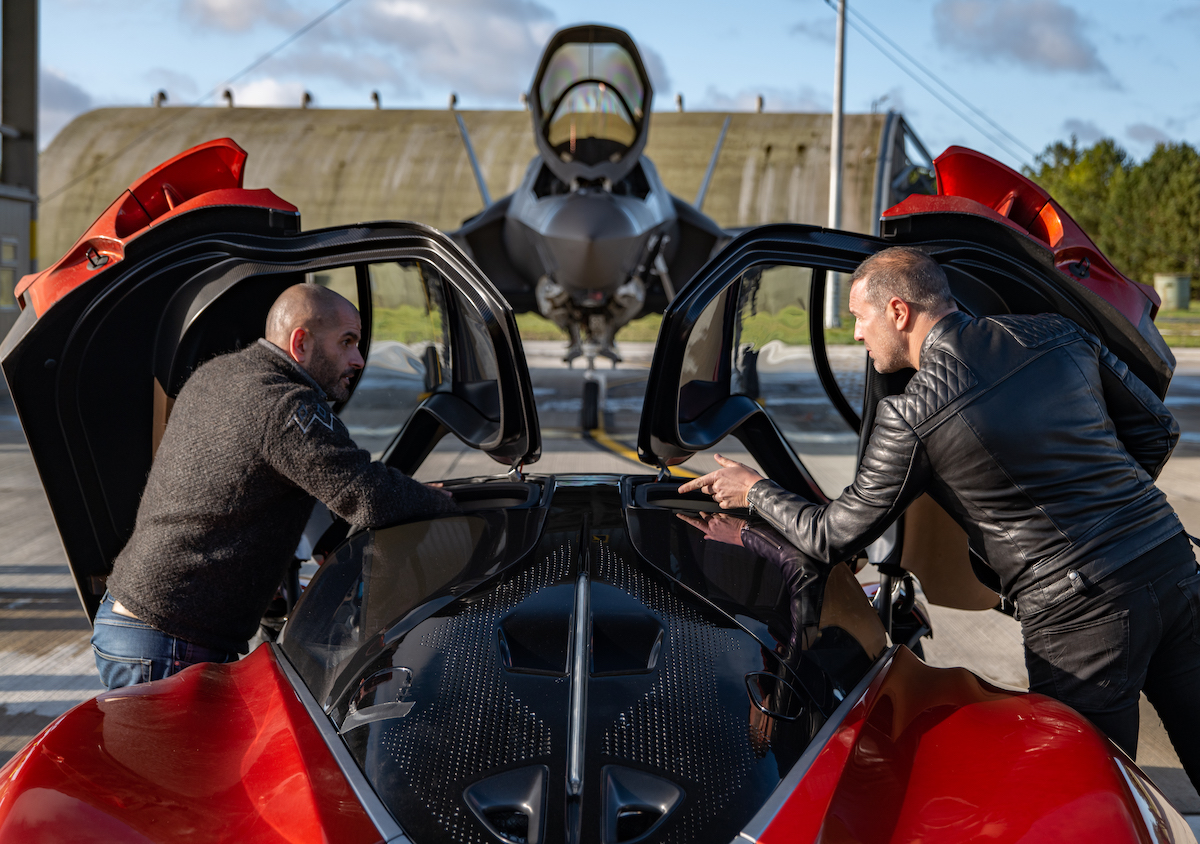 Chris, Paddy and the McLaren Speedtail with the F35 in the background