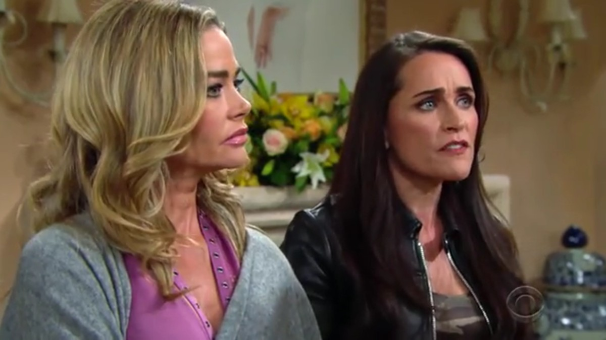 Denise Richards and Rena Sofer as Shauna and Quinn on The Bold and the Beautiful.
