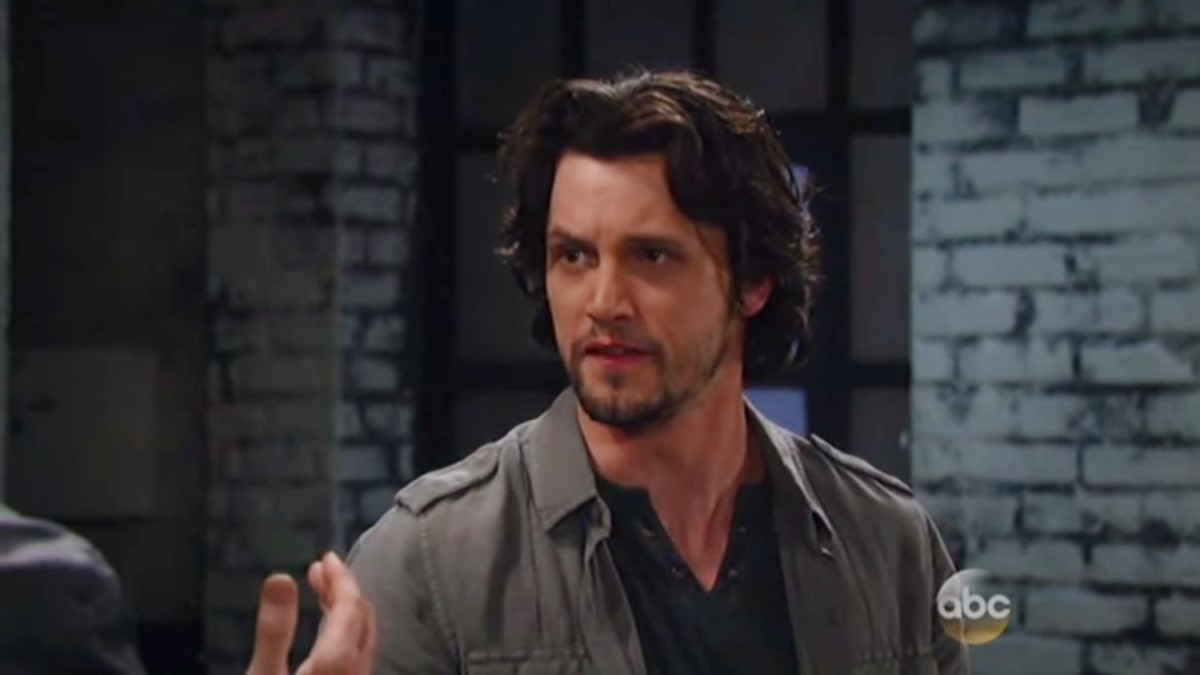 Nathan Parsons as Ethan on General Hospital.