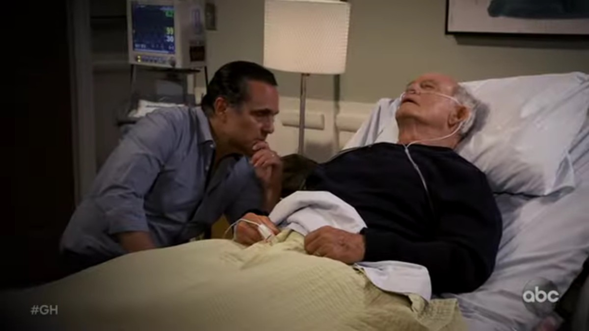 Maurice Benard and Max Gail as Sonny and Mike on General Hospital.