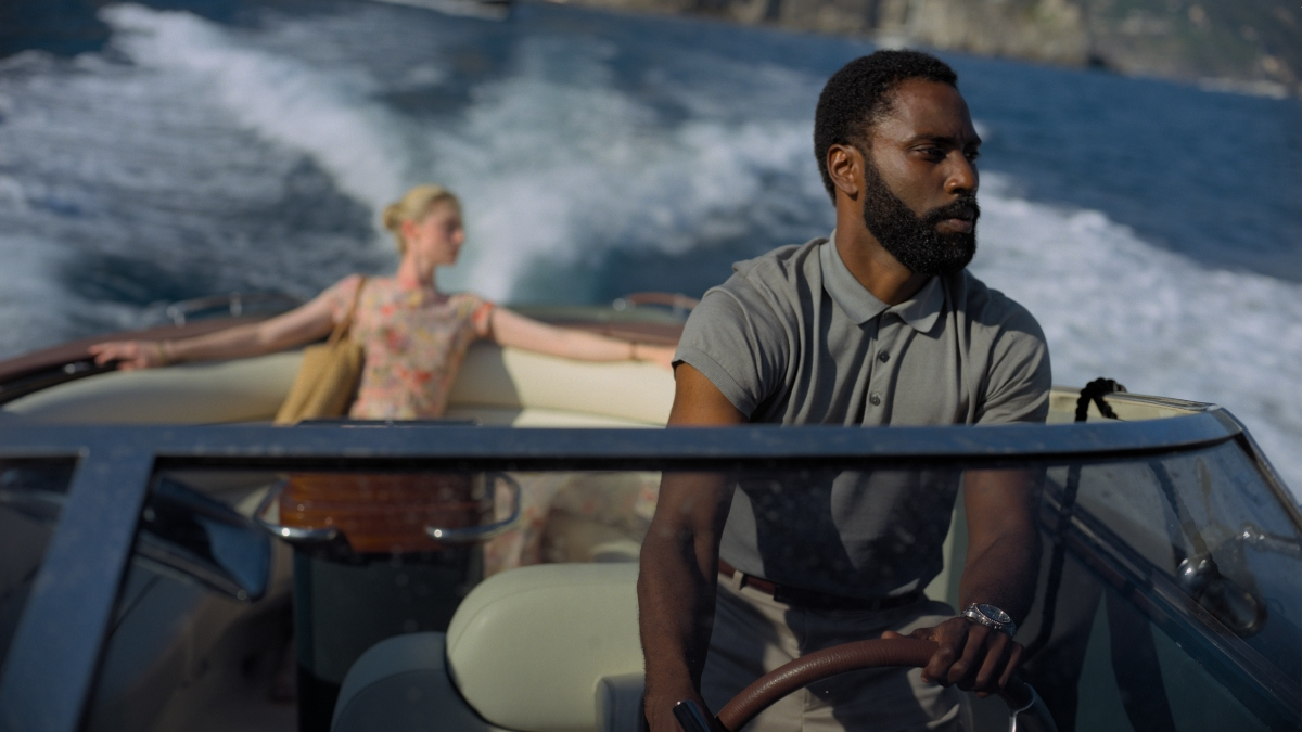 John David Washington and Elizabeth Debicki in Tenet