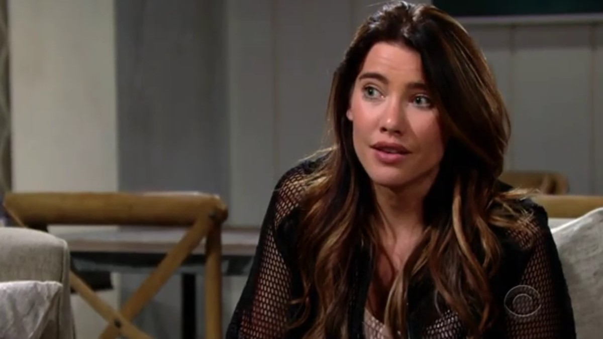 Jacqueline MacInnes Wood as Steffy.