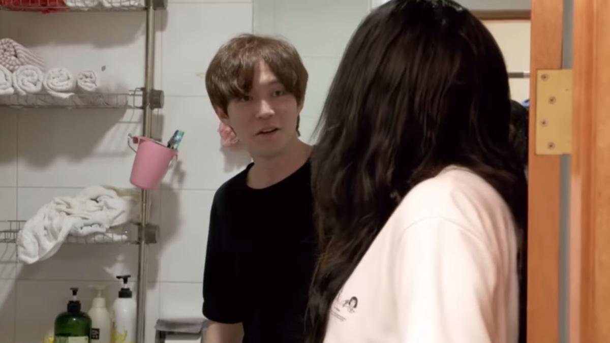 Jihoon explains bidets to his wife Deavan. Pic credit: TLC