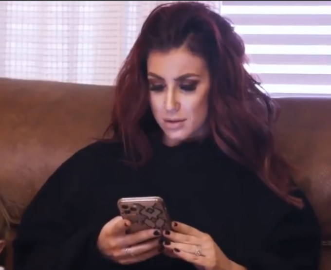 Chelsea texts Grandma Donna telling her Aubree wants to stay home
