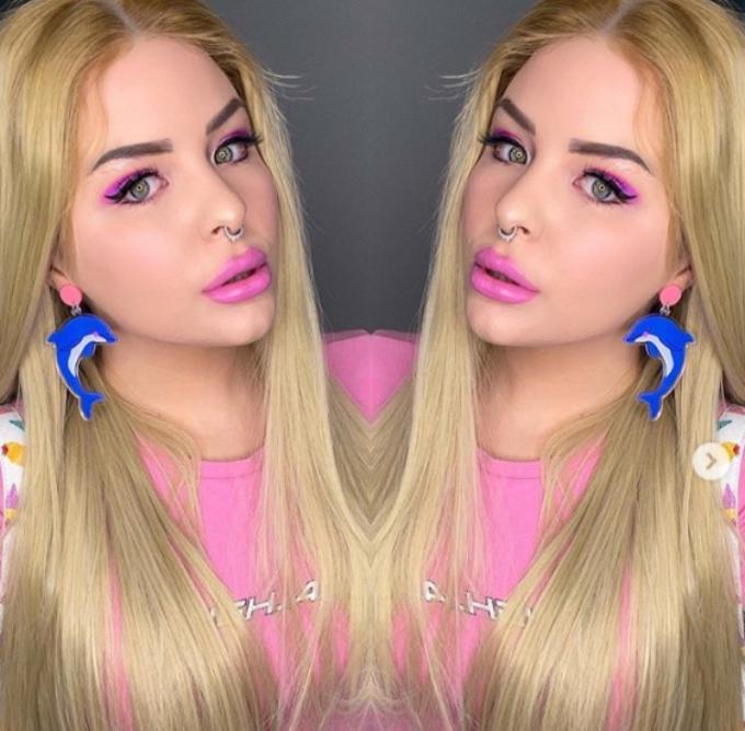 Blonde Erika Owens