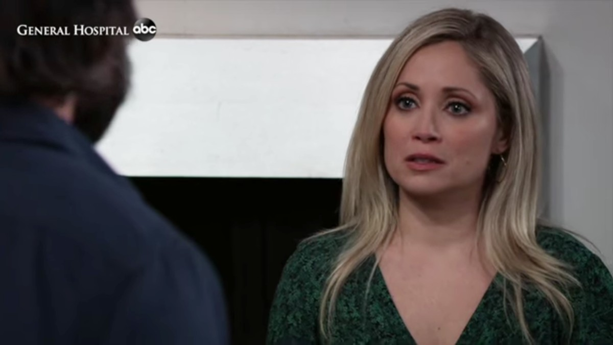 Emme Rylan as Lulu on General Hospital.