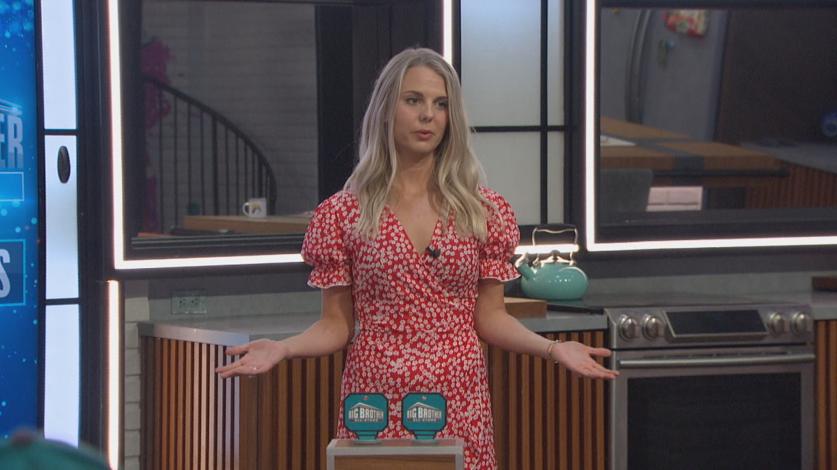 Nicole Happy On BB22