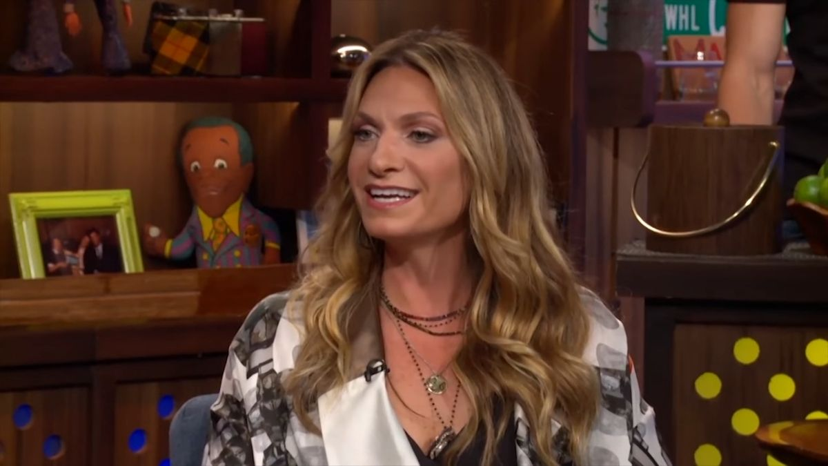 There are lots of clues pointing to Heather Thomson's return to RHONY
