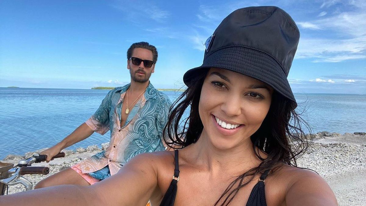 Kourtney kardashian and Scott Disick back together rumors with ig posts