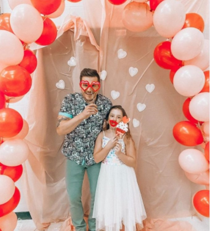 Cole DeBoer takes Aubree to the father daughter dance