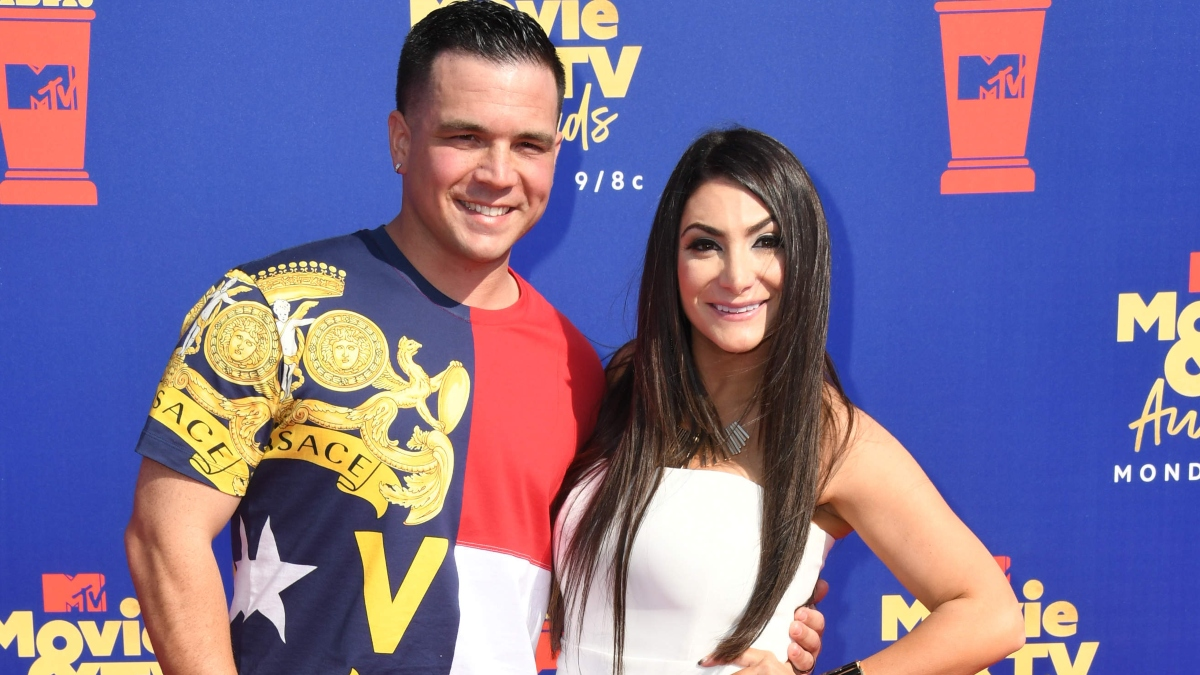 Deena Cortese and Chris Buckner at the MTV Movie Awards