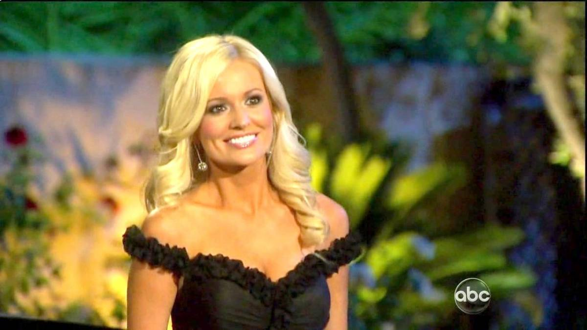Emily Maynard poses in front of the Bachelor mansion.