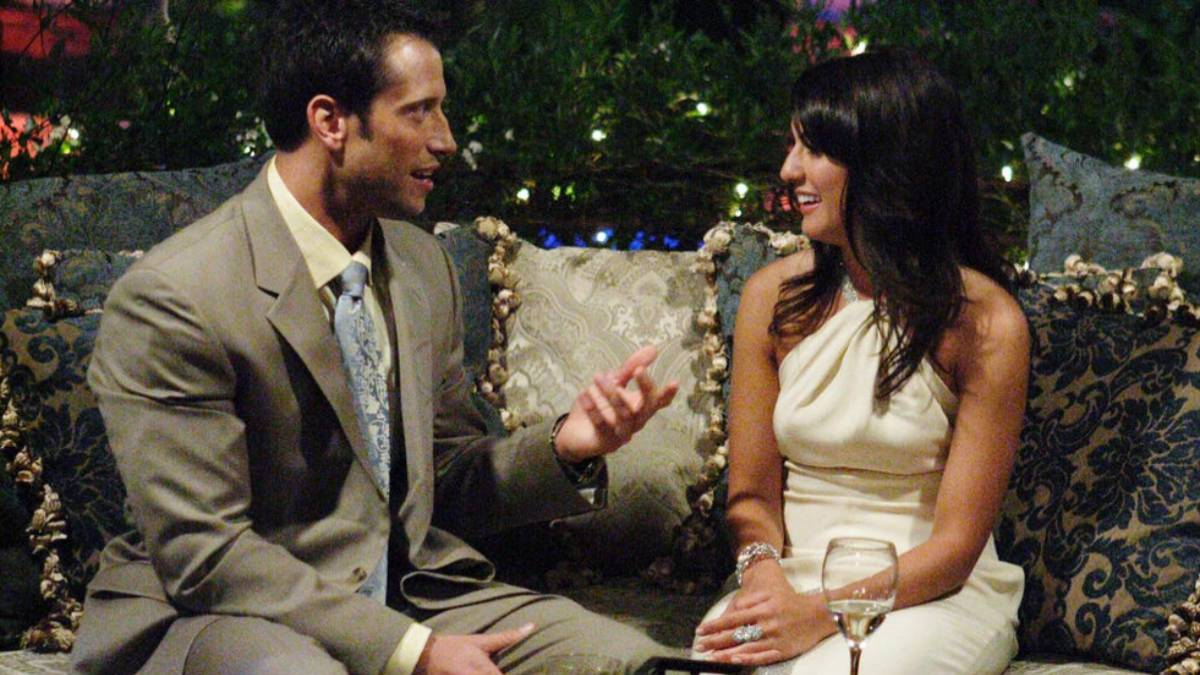 Jillian Harris sits on a couch with Ed Swiderski.