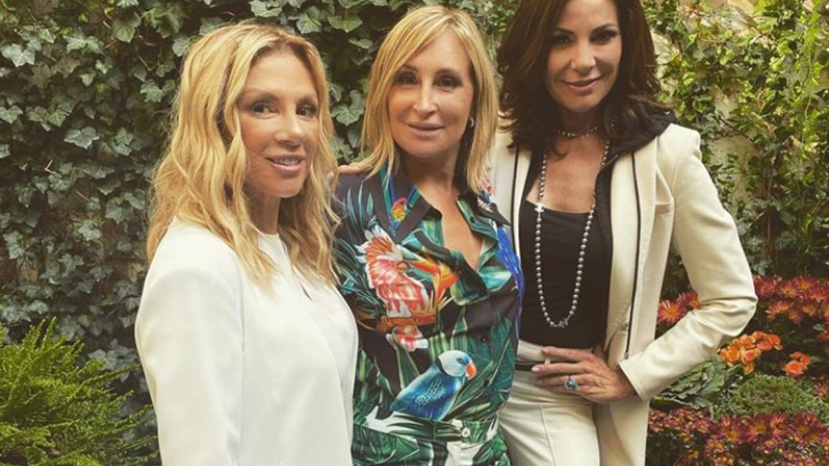 Ramona Singer, Sonja Morgan and LuAnn de Lesseps pose outside for a picture.