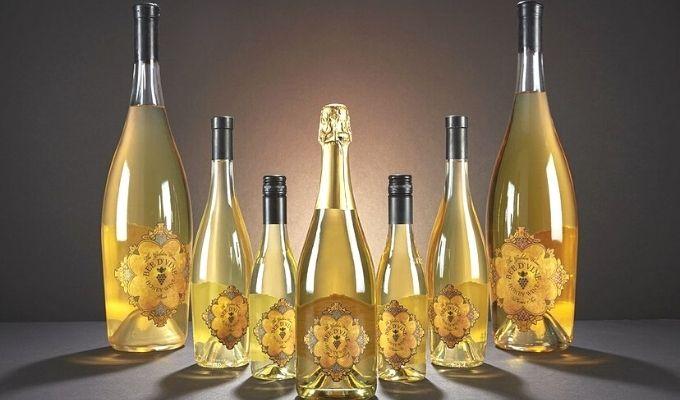 Bee D'Vine wine
