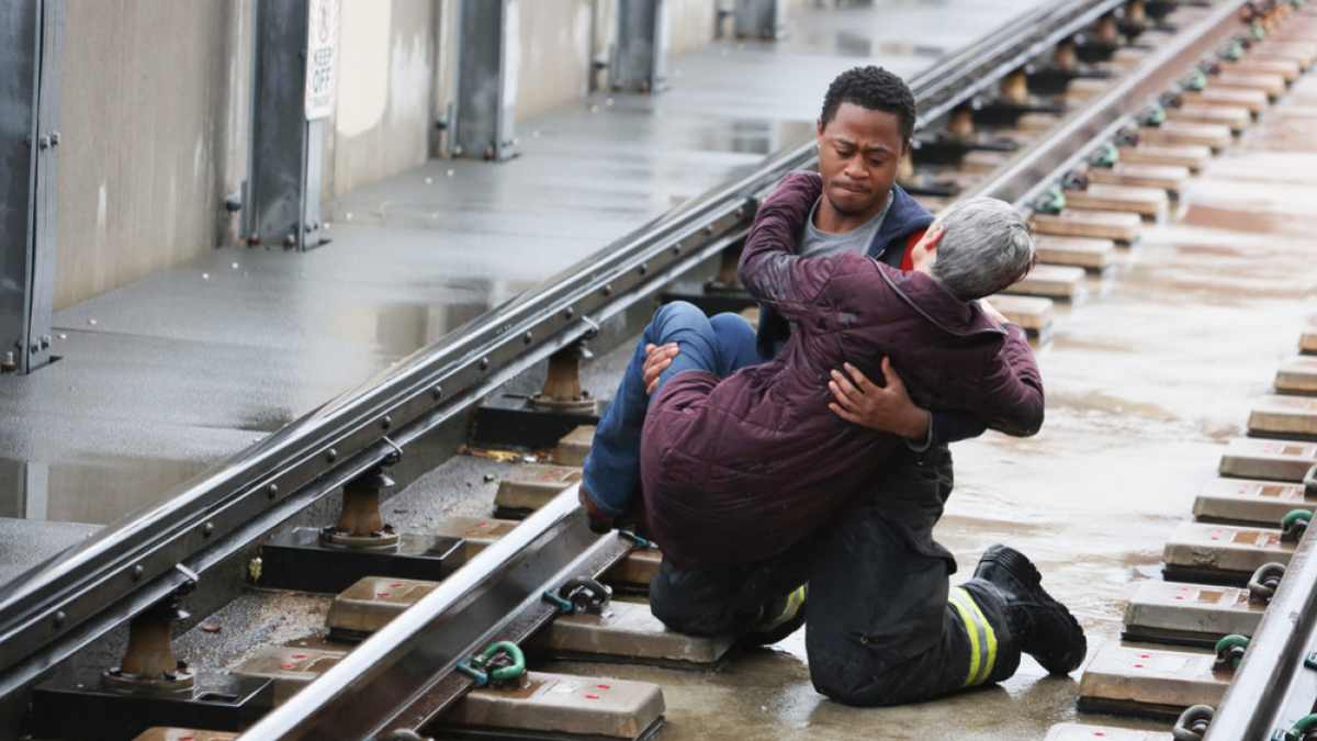 Chicago Fire S9 E2 2